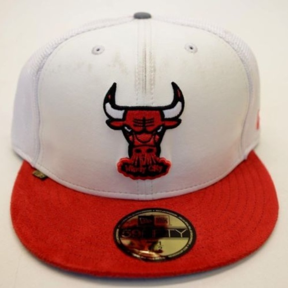 0f14f61ae31 Men s New Era Chicago Bulls 59Fifty Sz 7 1 2 Cap